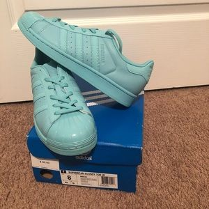Adidas Superstar Glossy Toe size 8